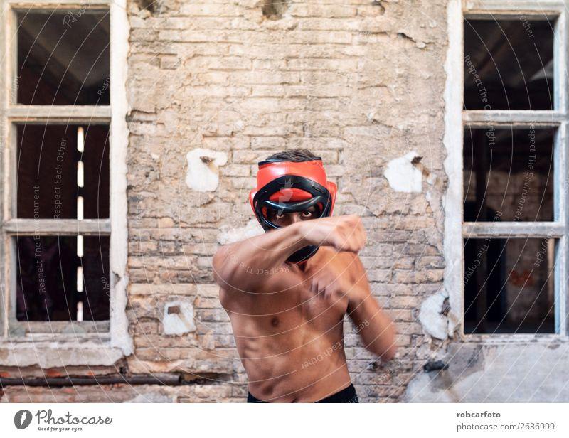 Mann übt Vollkontakt Sport Leichtathletik Erwachsene Fuß Ring Bewegung Aggression Konkurrenz Kontakt Thai muay Sparring Kämpfer Menschen Kaukasier schließen