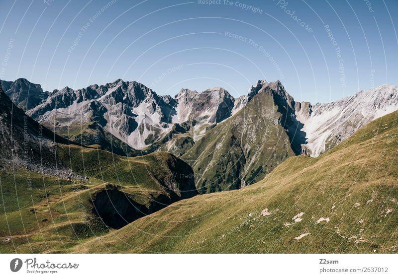 Blick Richtung Memminger Hütte Ferien & Urlaub & Reisen Abenteuer Ferne Sommerurlaub Berge u. Gebirge wandern Natur Landschaft Schönes Wetter Alpen Gipfel