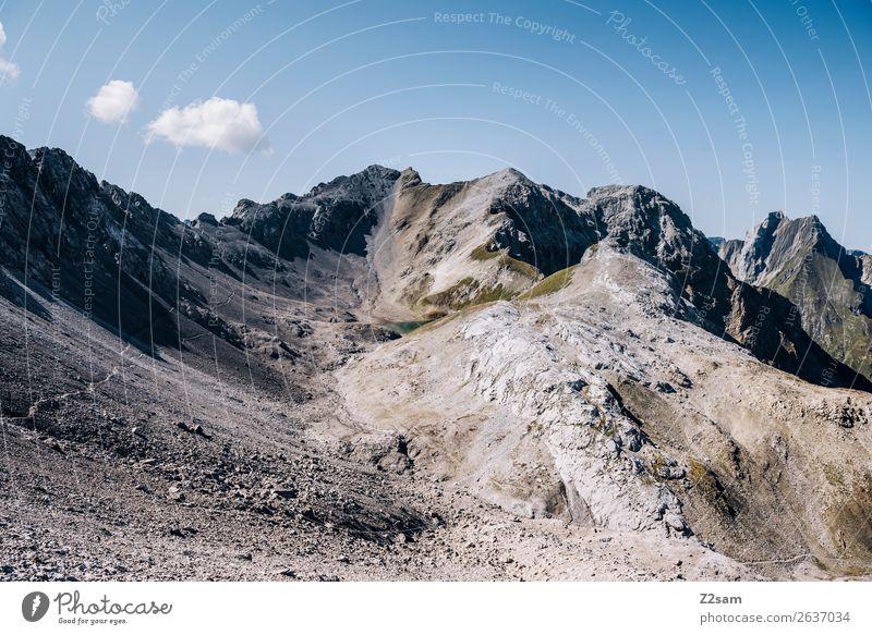 Seescharte   E5 Natur Ferien & Urlaub & Reisen Sommer Landschaft Einsamkeit Berge u. Gebirge Felsen wandern Abenteuer Schönes Wetter hoch Fußweg Gipfel Alpen