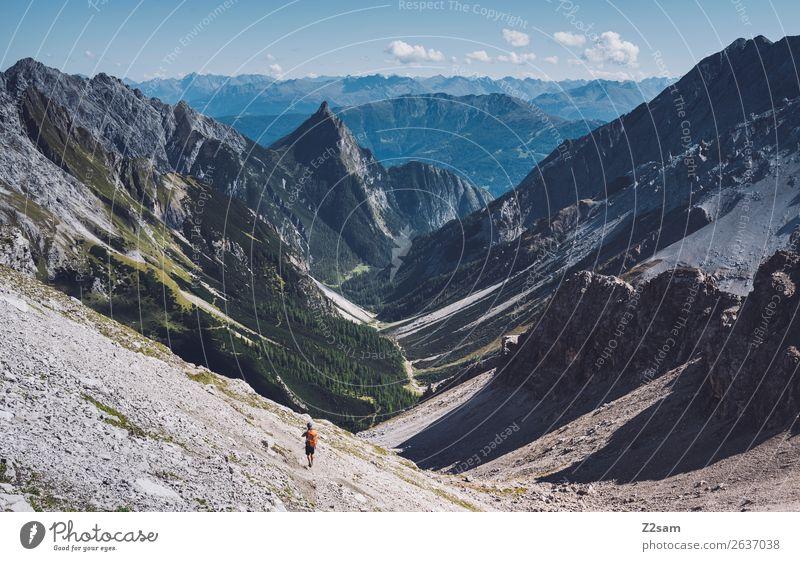 Zammer Loch | Seescharte | E5 Freizeit & Hobby Ferien & Urlaub & Reisen Abenteuer Berge u. Gebirge wandern Mann Erwachsene Natur Landschaft Schönes Wetter Alpen