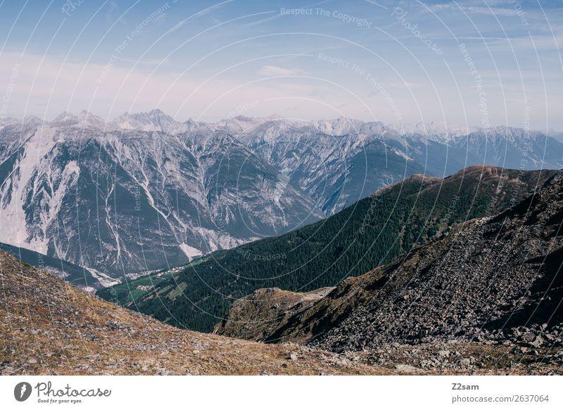 Blick vom Venetgipfel ins Oberinntal Berge u. Gebirge Natur Landschaft Himmel Sommer Schönes Wetter Alpen Gipfel blau grün Idylle Perspektive Umwelt