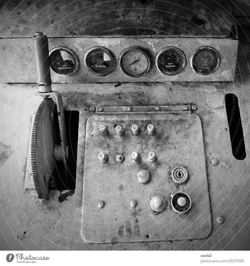 Zeitmaschine Maschine Messinstrument Technik & Technologie Sammlung Schalter Steuerelemente Schalterleiste Regler Glas Metall Kunststoff Zeichen Schriftzeichen