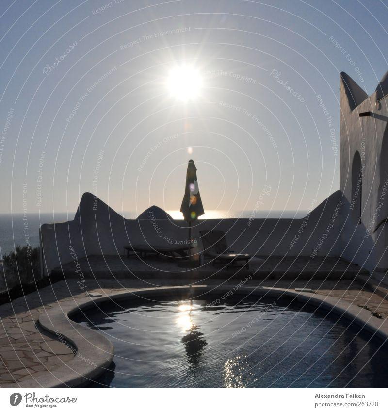 Urlaub. Himmel Wasser Ferien & Urlaub & Reisen Sonne Meer Sommer Erholung Wetter Klima Tourismus Schwimmbad Schönes Wetter Sonnenschirm Wohlgefühl Terrasse