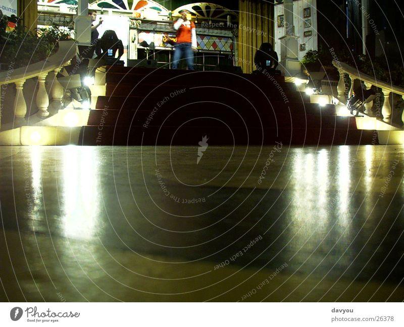 Showtreppe Freude Beleuchtung Feste & Feiern Freizeit & Hobby Treppe Musik Tanzen Technik & Technologie Kultur Veranstaltung Club Konzert Theater Disco Bühne