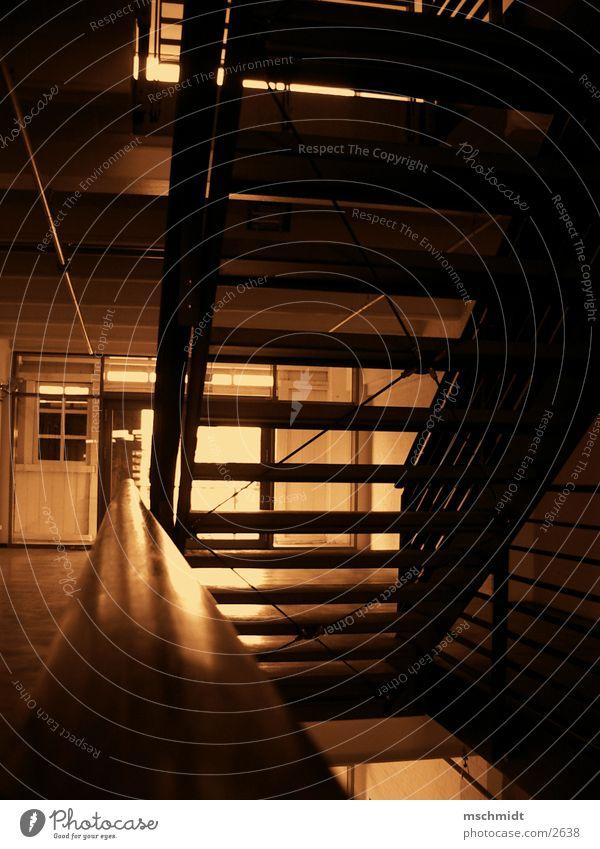 goUp Architektur Treppe Sepia