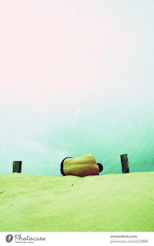 mann 1 Mensch liegen Strand Stranddüne Sand Meer Sommerurlaub sommerlich Himmel Akt Rücken Badehose gelb Kunst Wärme mehrfarbig