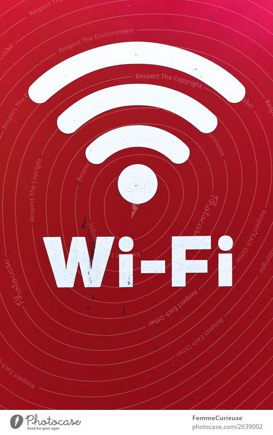 White Wi-Fi sign on red background Zeichen Schriftzeichen Schilder & Markierungen Hinweisschild Warnschild Kommunizieren Computernetzwerk Internet Verbindung