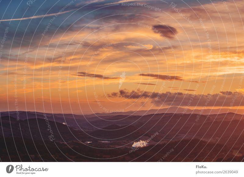 Hügel der Toskana im Abendlicht Ferien & Urlaub & Reisen Umwelt Natur Landschaft Urelemente Himmel Wolken Sonnenaufgang Sonnenuntergang Herbst Schönes Wetter