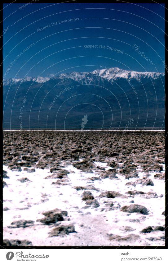 Bis zum Horizont Himmel Natur blau Sommer Ferne Umwelt Landschaft Berge u. Gebirge Sand Stein Horizont Erde USA Wüste Schönes Wetter analog