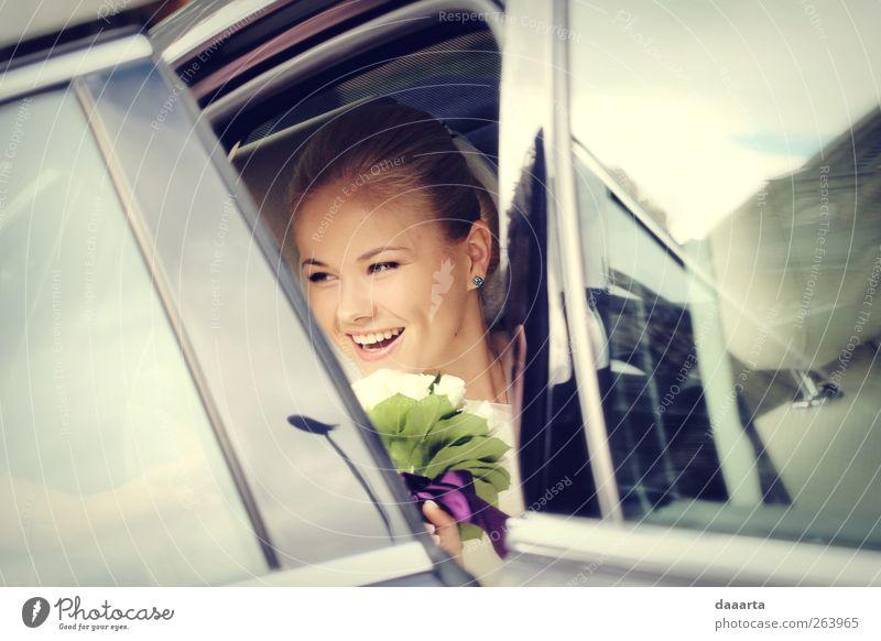 Mensch Frau Jugendliche schön Erwachsene Liebe feminin Gefühle träumen Gesundheit glänzend Fröhlichkeit Zukunft Hochzeit 18-30 Jahre Junge Frau