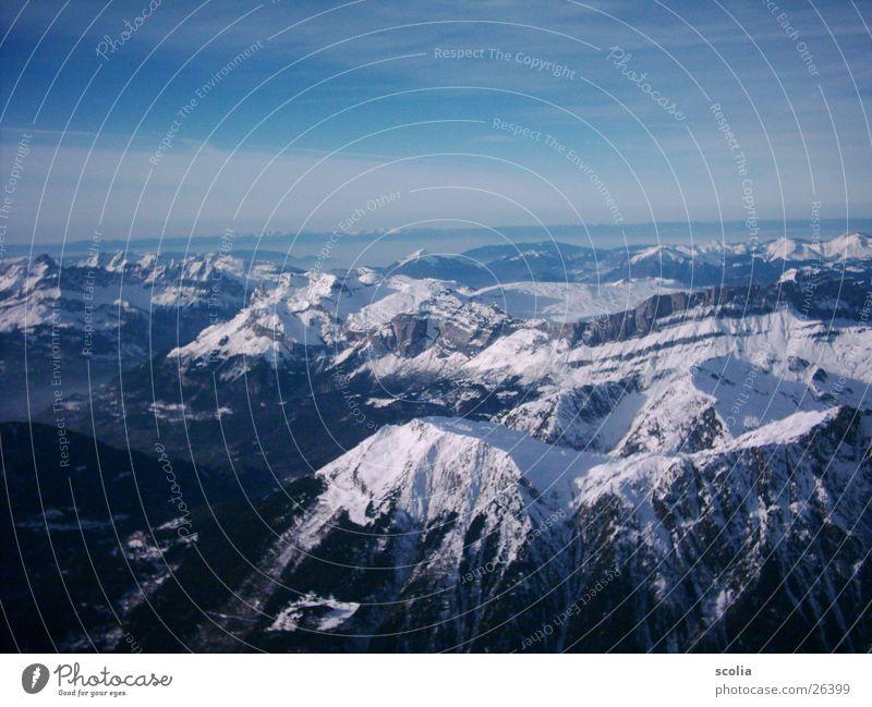 Gipfelblick - wunderbar Wolken Berge u. Gebirge Himmel Schnee blau Aussicht