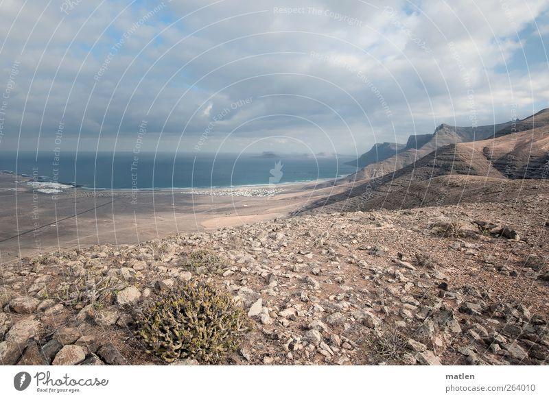 Stone Age Himmel blau Pflanze Meer Wolken Ferne Berge u. Gebirge Küste Sand Erde Felsen Insel Dorf Bucht Vulkan karg