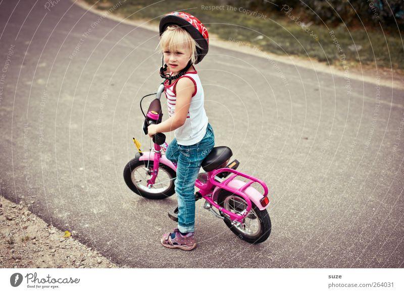 """(&«/§""""Hä=?!> Mensch Kind Mädchen Umwelt Straße feminin Wege & Pfade klein Kindheit blond Fahrrad Freizeit & Hobby warten stehen Kindheitserinnerung Lifestyle"""