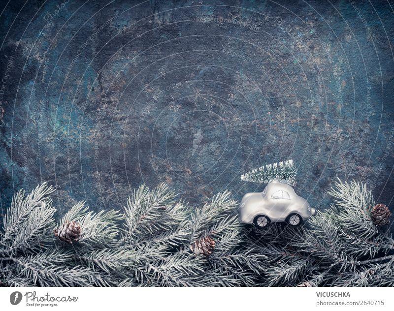Spielzeug Auto mit Weihnachtsbaum Natur Weihnachten & Advent Winter Hintergrundbild Schnee Feste & Feiern Stil Stimmung Design Dekoration & Verzierung PKW retro