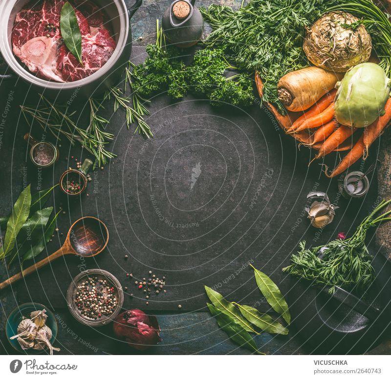 Lebensmittel Zutaten für Suppe oder Eintopf Fleisch Gemüse Kräuter & Gewürze Ernährung Bioprodukte Geschirr kaufen Design Gesunde Ernährung Restaurant