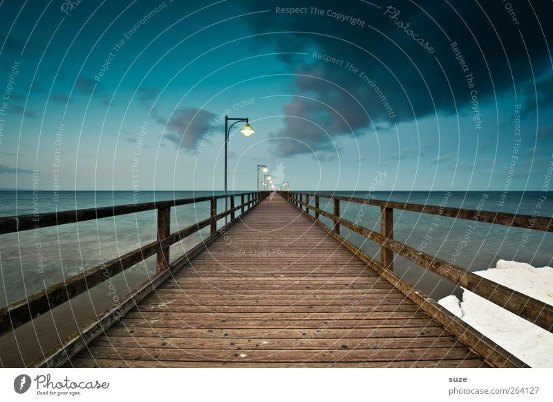 *Nordreisender* - für dich! Umwelt Natur Landschaft Urelemente Wasser Himmel Wolken Horizont Klima Schnee Küste Ostsee Meer Brücke Wege & Pfade Holz Linie