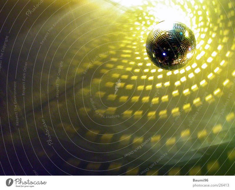 Dancin Mirror1 Party Musik Tanzen Beleuchtung Feste & Feiern Disco Club obskur Discokugel