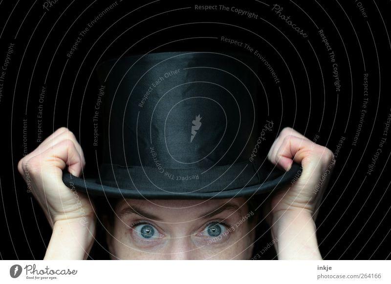 Zylinderkopf elegant Stil Freizeit & Hobby Spielen Entertainment Zirkus Zauberer Zauberhut Zauberei u. Magie Erwachsene Leben Auge Hand 1 Mensch Hut entdecken