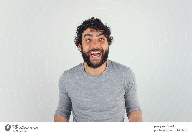 Fröhlicher, gutaussehender, brünetter Mann, Studio-Porträt Lifestyle Haare & Frisuren Gesundheit sportlich Fitness Leben Sport Sport-Training Berufsausbildung