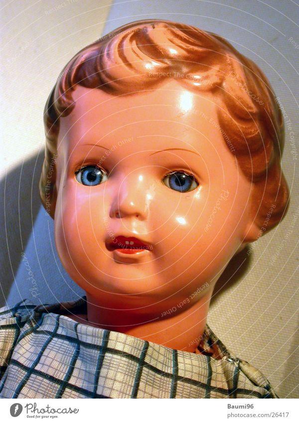 Puppe Part2 Mädchen alt Spielen Dinge Nostalgie Spielzeug