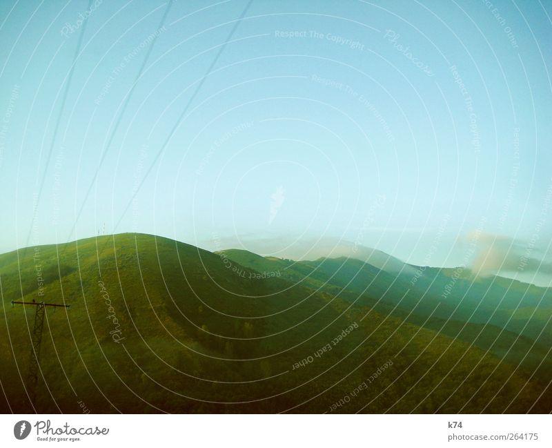 greenside hill Himmel Natur blau grün Pflanze Wolken Umwelt Landschaft Berge u. Gebirge hoch groß Hoffnung Hügel Alpen Schönes Wetter Strommast