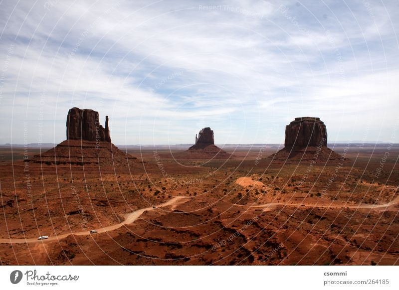 Monument Valley schön Ferien & Urlaub & Reisen ruhig Ferne Straße Freiheit Sand Horizont braun Felsen Abenteuer Tourismus Turm USA Wüste Unendlichkeit