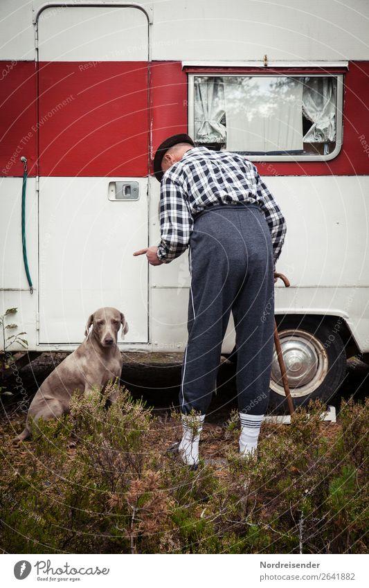 Komplex | Alles unter einen Hut bringen Ferien & Urlaub & Reisen Camping sprechen Arbeitslosigkeit Ruhestand Mensch maskulin Mann Erwachsene Männlicher Senior