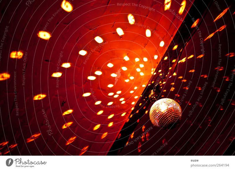Disko Nachtleben Party Musik Club Disco Feste & Feiern clubbing Veranstaltung Konzert Discokugel rot Lichtspiel Decke Lichtpunkt Beleuchtung Clubkonzert