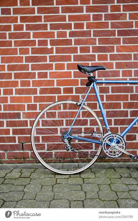 urbane mobilität - biciclette chesini Stadt Straße Stil Lifestyle Stadtleben Design elegant Verkehr Fahrradfahren retro Wandel & Veränderung Stadtzentrum