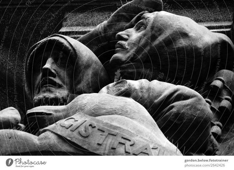 Stärke Kunst Kunstwerk Skulptur Menschenleer Architektur Sehenswürdigkeit Wahrzeichen Denkmal Arbeit & Erwerbstätigkeit beobachten alt Bekanntheit grau schwarz