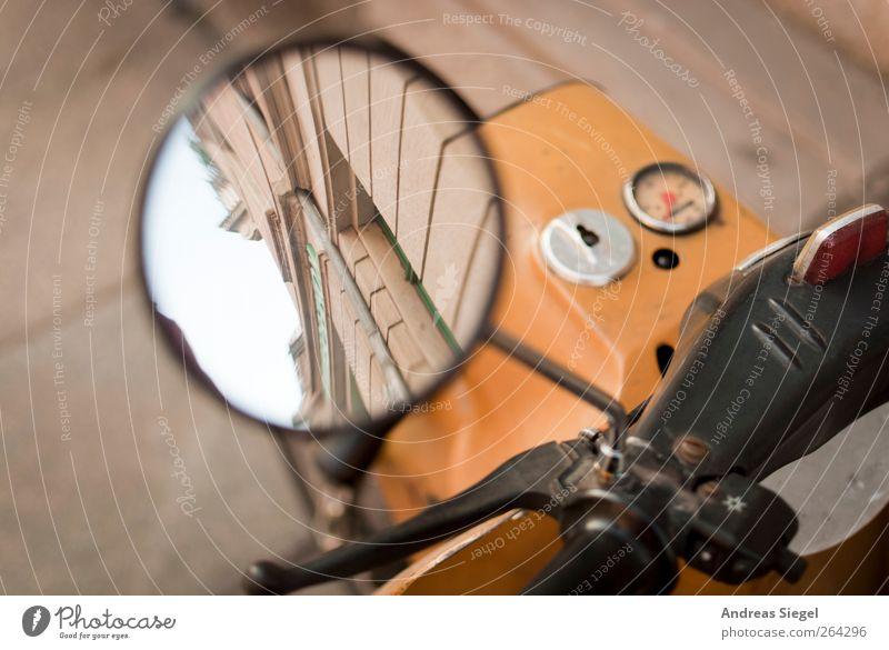 [7 Jahre bei PC] Positionsbestimmung Lifestyle Stil Freizeit & Hobby Ausflug Städtereise Stadt Altstadt Haus Fassade Verkehr Straßenverkehr Fahrzeug