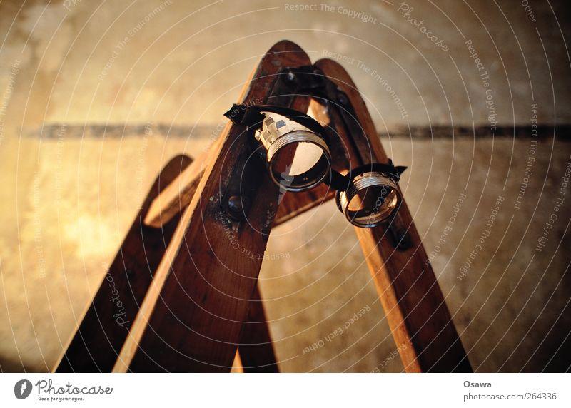 Renovieren Wand Arbeit & Erwerbstätigkeit Sicherheit Brille Leiter bauen Handwerker Leitersprosse Schutzbrille Holzleiter