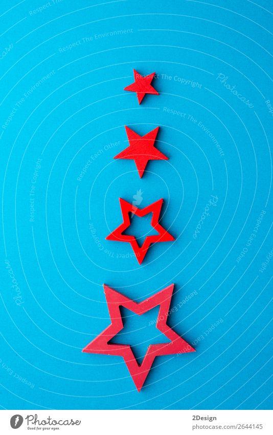 Alternativer Weihnachtsbaum aus roten Sternen Design Glück Winter Dekoration & Verzierung Feste & Feiern Weihnachten & Advent Silvester u. Neujahr Kunst Baum