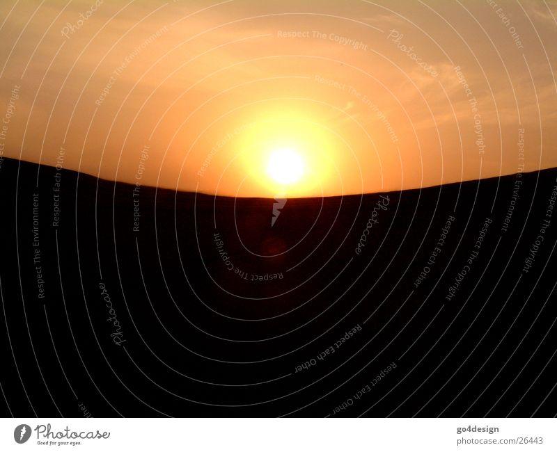 Balance Himmel Sonne Berge u. Gebirge Sand Zufriedenheit Wüste Kugel Waage