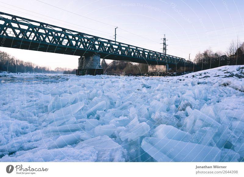 Icy winter Urelemente Sonnenaufgang Sonnenuntergang Winter Eis Frost Schnee Brücke Abenteuer Endzeitstimmung Umwelt Farbfoto Gedeckte Farben Außenaufnahme