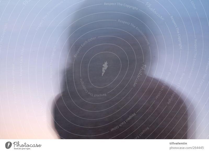 Ein Geist Mensch Kopf 1 blau grau Geister u. Gespenster Unschärfe Hintergrund neutral geheimnisvoll außergewöhnlich Bewegung Außenaufnahme abstrakt Silhouette