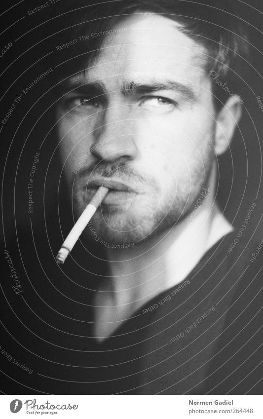 point of time Rauchen maskulin Junger Mann Jugendliche Auge Lippen Bart 1 Mensch 18-30 Jahre Erwachsene Dreitagebart schwarz Blick nach vorn Aussehen Zigarette