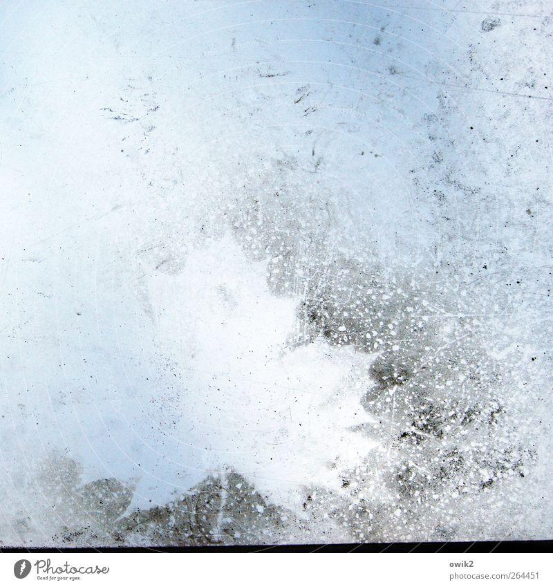 Nachlese Blatt Ahornblatt Glas hell trashig blau geheimnisvoll Natur Abdruck Silhouette Strukturen & Formen Spuren Zahn der Zeit Farbfoto Nahaufnahme