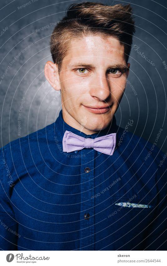 Mensch Jugendliche blau schön Junger Mann Erotik 18-30 Jahre Lifestyle Erwachsene Party Mode Arbeit & Erwerbstätigkeit Freizeit & Hobby maskulin elegant Erfolg