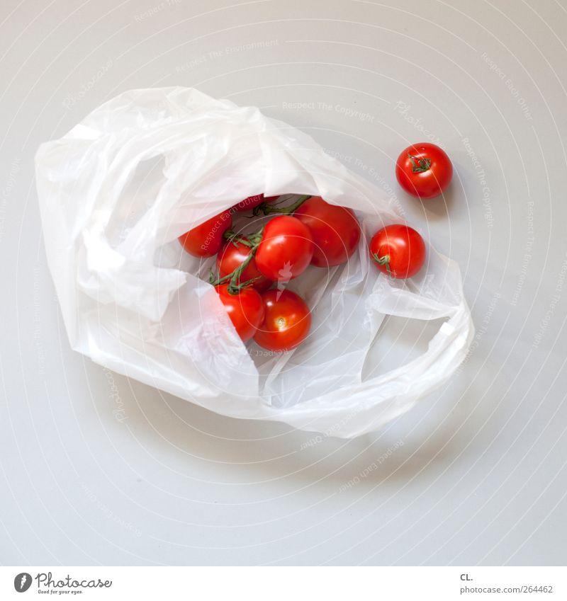tomaten Lebensmittel Gemüse Tomate Bioprodukte Vegetarische Ernährung kaufen Gesundheit Gesunde Ernährung frisch lecker saftig rot Tüte Menschenleer mehrere