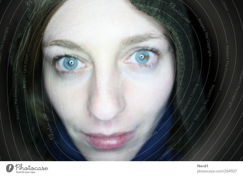 Heterochromia Nachtleben ausgehen feminin Junge Frau Jugendliche Auge 1 Mensch 18-30 Jahre Erwachsene außergewöhnlich authentisch Freundlichkeit hell schön