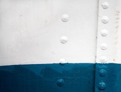 KI09   Aufsteigende Laune Einsamkeit ruhig Metall Zufriedenheit ästhetisch Vergänglichkeit Hafen Schifffahrt entdecken diagonal Partnerschaft Fuge horizontal