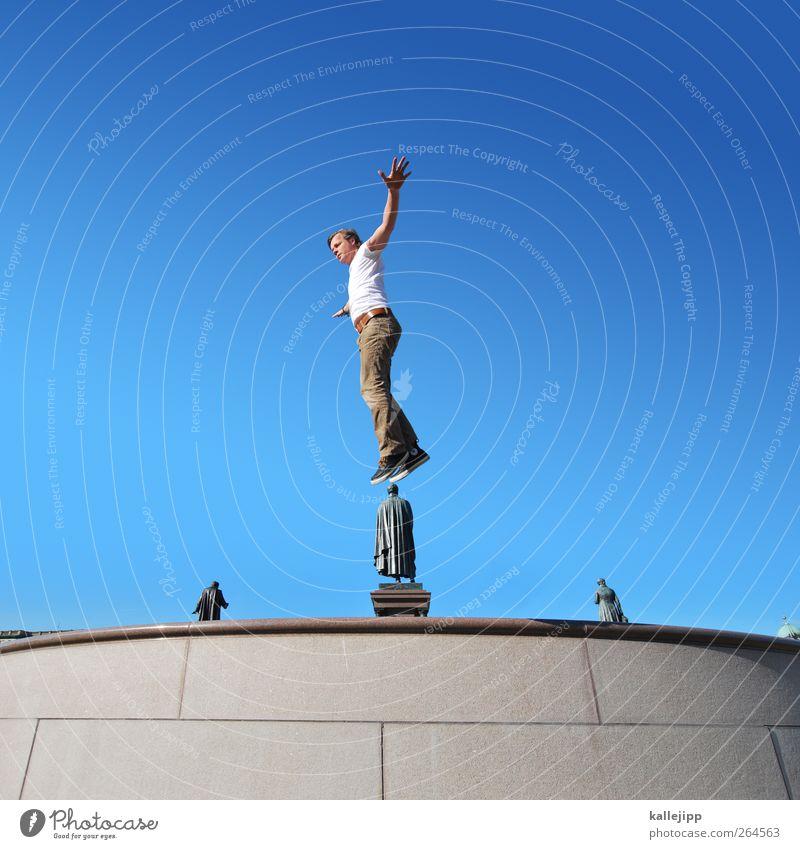 bildungsreise Mensch maskulin Mann Erwachsene Leben Körper 1 30-45 Jahre Kunst Künstler Skulptur Architektur Denkmal springen Statue ruhm Ehre Blauer Himmel