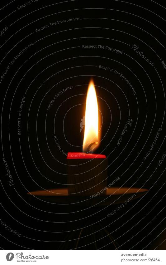 Kerze naht dem Ende Brand Dinge Flamme kurz Wachs Kerzendocht