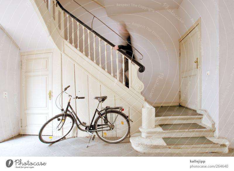 check-in Mensch Haus Wohnung gehen Fahrrad Freizeit & Hobby Treppe maskulin Geschwindigkeit Häusliches Leben Lifestyle Autotür Geländer rennen Treppenhaus Etage