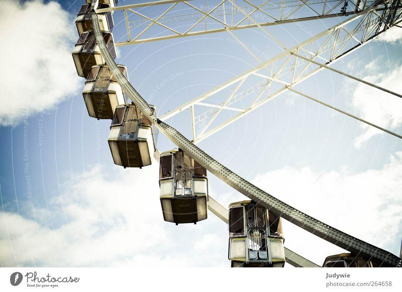 Wolkenwaggons Freude Glück Ferien & Urlaub & Reisen Ferne Freiheit Sonne Veranstaltung Paris Sehenswürdigkeit Verkehr Fahrzeug Riesenrad Jahrmarkt Himmel