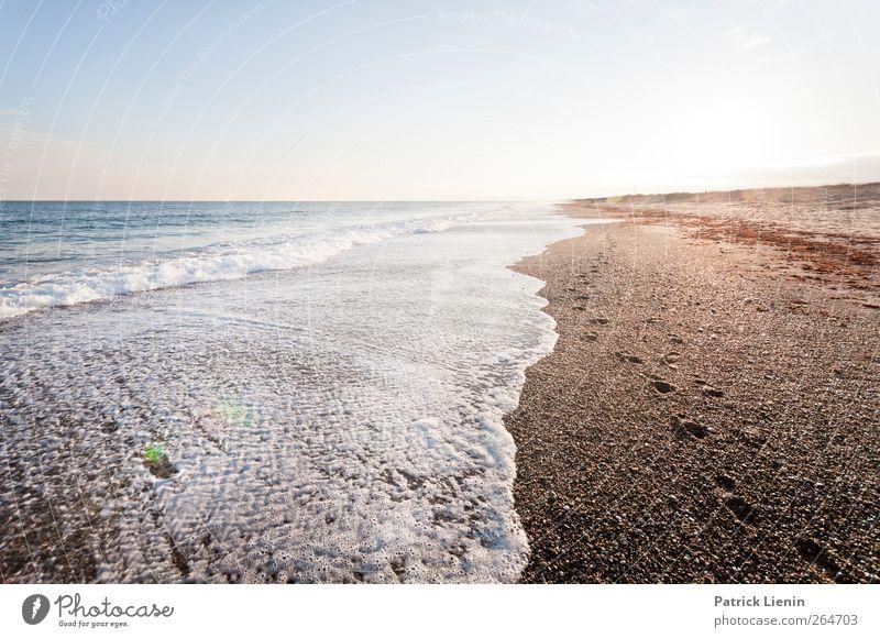 Afternoon Umwelt Natur Landschaft Urelemente Erde Sand Luft Wasser Wellen Küste Strand Stimmung Farbfoto Außenaufnahme Menschenleer Abend Licht Kontrast