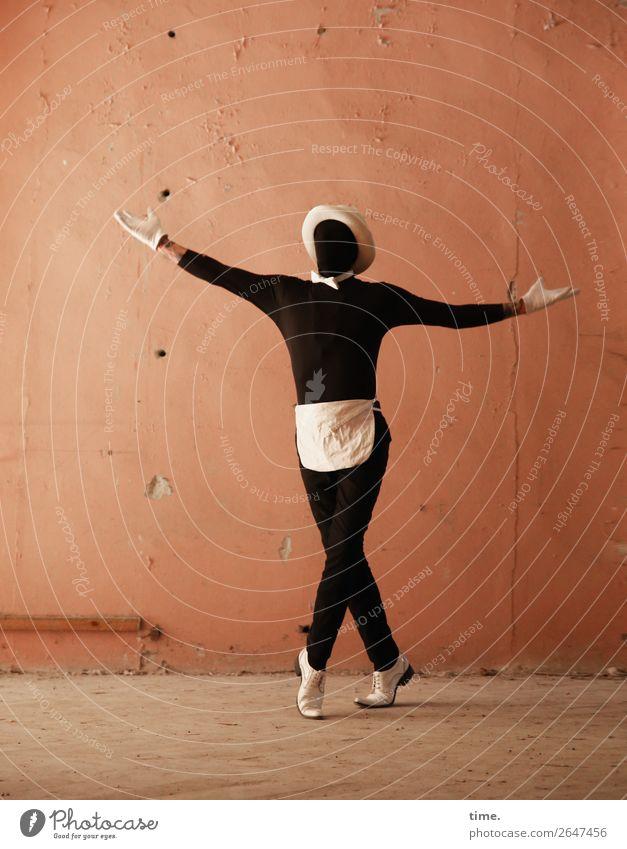 Acting (VII) Mensch Mann Stadt Freude Erwachsene Leben Wand Bewegung Mauer außergewöhnlich maskulin Schuhe stehen Kreativität Lebensfreude Tanzen