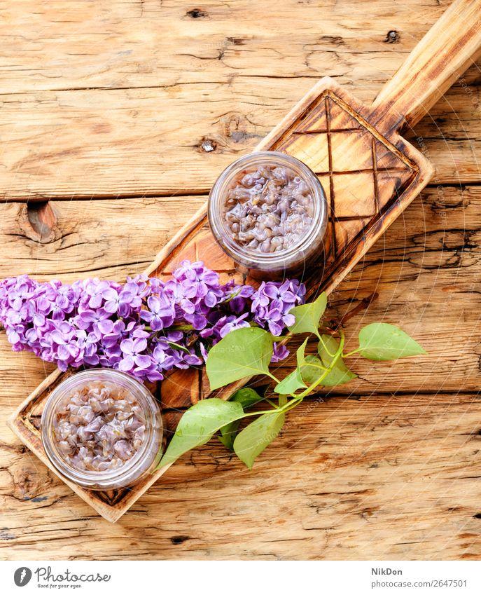 Hausgemachte Marmelade aus dem Flieder Fliederbusch süß Lebensmittel Gesundheit Glas organisch selbstgemacht Frucht Dessert natürlich Götterspeise bewahren