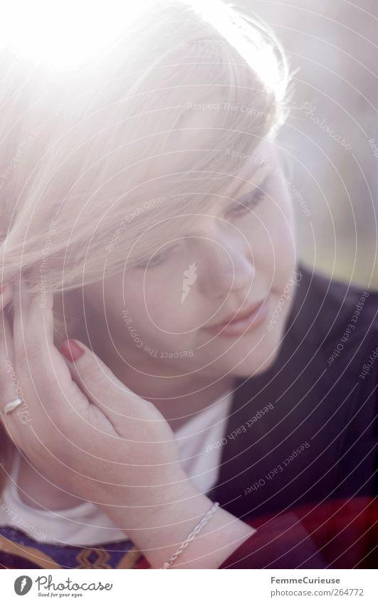 Pure I. Mensch Frau Jugendliche Hand schön rot schwarz Erwachsene Erholung Junge Frau Kopf Garten Traurigkeit Park blond Kraft